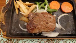 牛鉄のステーキ