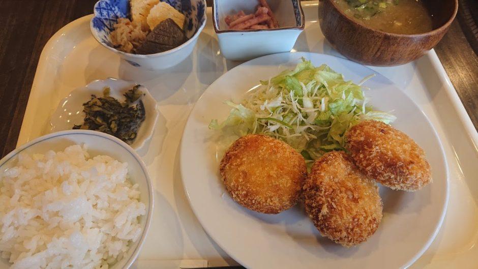 コロッケ定食